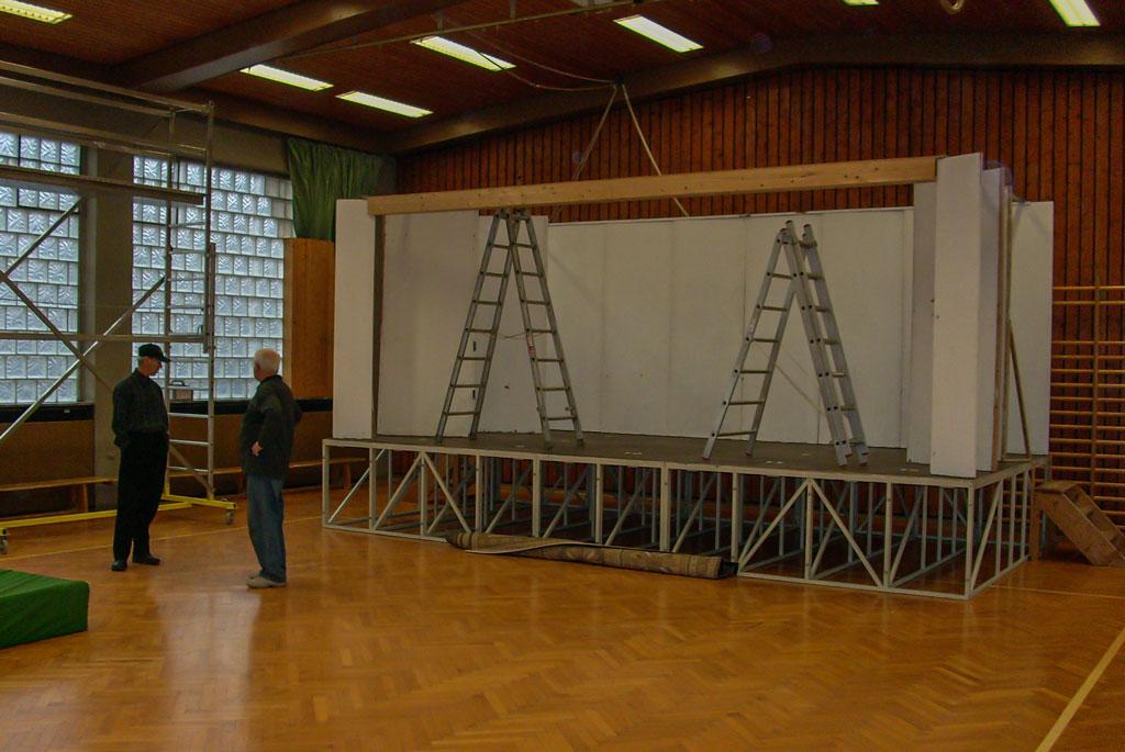 Weihnachtsmärchen Bühnenaufbau 2007 Bild 3
